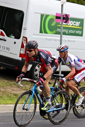 Cadel shows how it's done