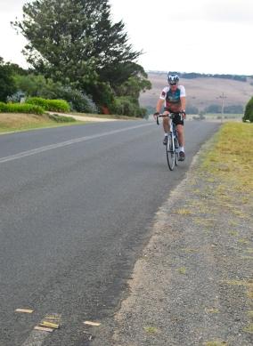 Kelly conquers Russells Bridge ascent
