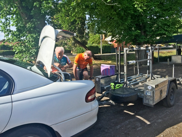 Kelly and Allan unloading the bike trailer at Colac.