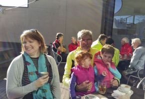 Da (David) was joined by his two lovely granddaughters and daughter for coffee at Barwon Edge