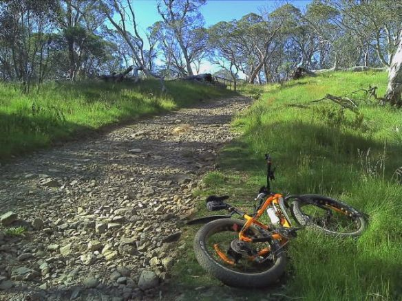 dave-s-hotham-tracks-who-needs-gravel
