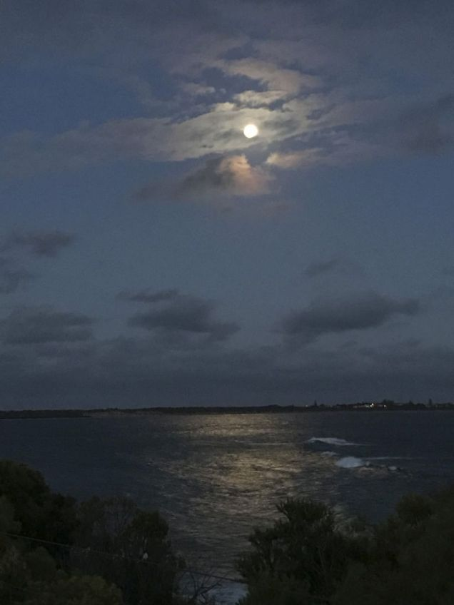 180101 Moonlight ride to Queenscilff