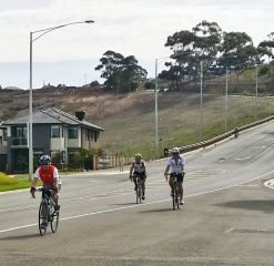 180218 Joint Ride - Geelong Tour Ross G leading_3