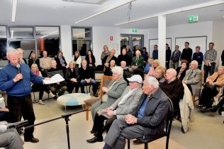 Rod Charles addresses the forum at the newly-built Russell Mockridge Pavilion (Photo: Ray Bowles)