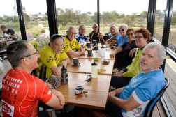 181209 Joint Ride Lara coffee at Millars