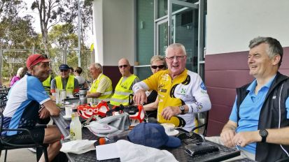 Refreshments at Waurn Ponds